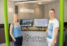 Nina & Alex im Buchholz Connect Büro