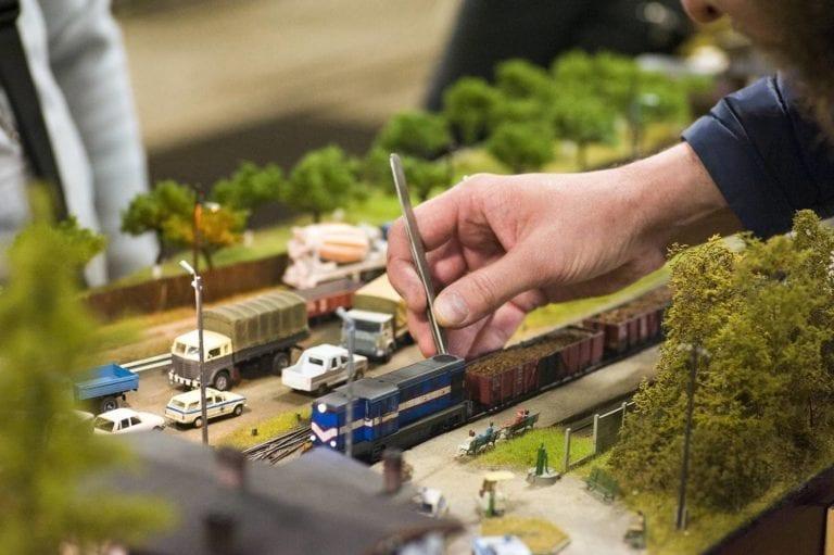 Modelle in Aktion im Freilichtmuseum
