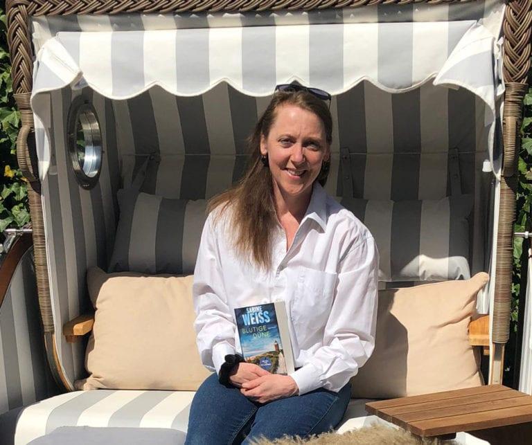 Ein blutiger Kurzurlaub auf Sylt – Autorin Sabine Weiß im Interview