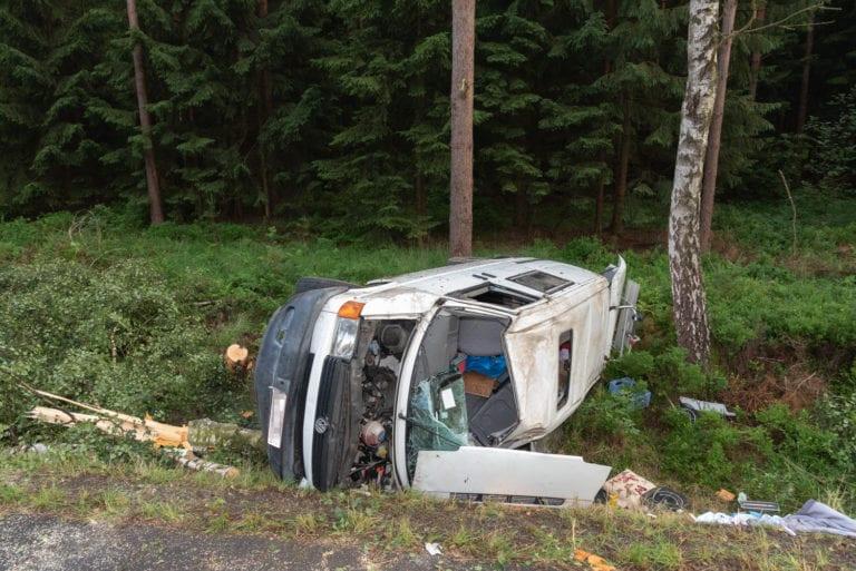 Transporter-Unfall in den Lohbergen