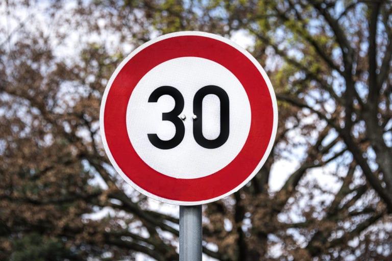 Wer hat die Tempo-30-Schilder geklaut?