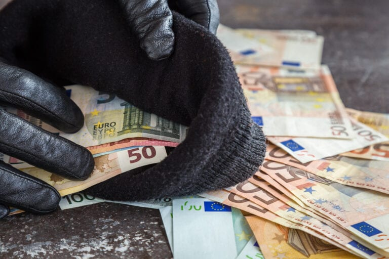Zeugen nach Diebstahl in Second-Hand-Laden in Sprötze gesucht