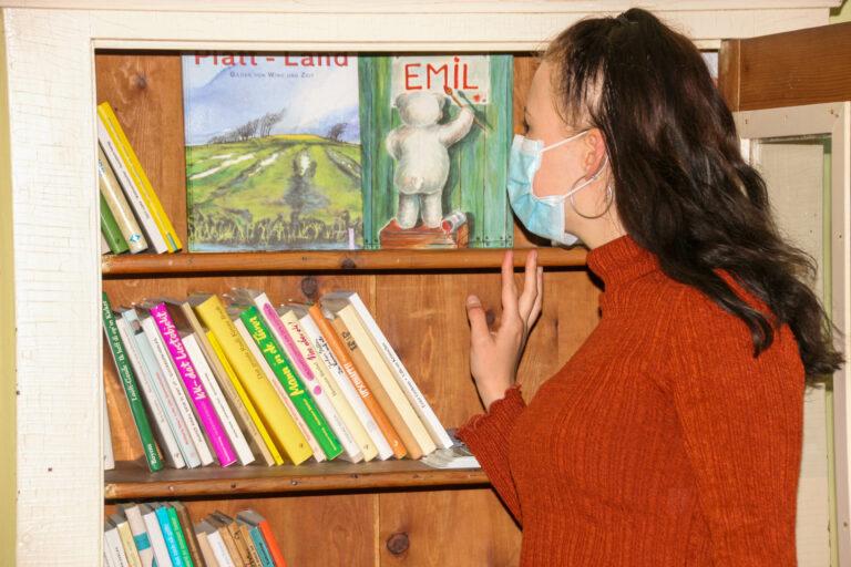 Plattdeutsche Bücher im Freilichtmuseum am Kiekeberg lesen